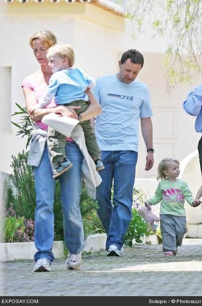Dogs, more dogs, fridges and apartments..... - Page 3 Kate-mccann-missing-british-3-year-old-girl-madeleine-mccann-in-portugal-0setFl
