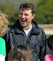 Maddie McCann parents' £1m bid over 'lies'  Le6512image-4-kate-and-gerry-mccann-thank-people-of-liverpool-after-running-sefton-park-10k-races-867181351_small