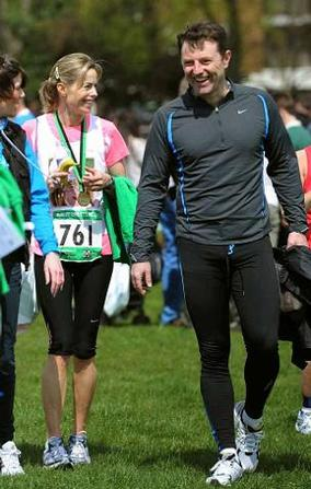 Maddie McCann parents' £1m bid over 'lies'  Le6512image-7-kate-and-gerry-mccann-thank-people-of-liverpool-after-running-sefton-park-10k-races-341722656